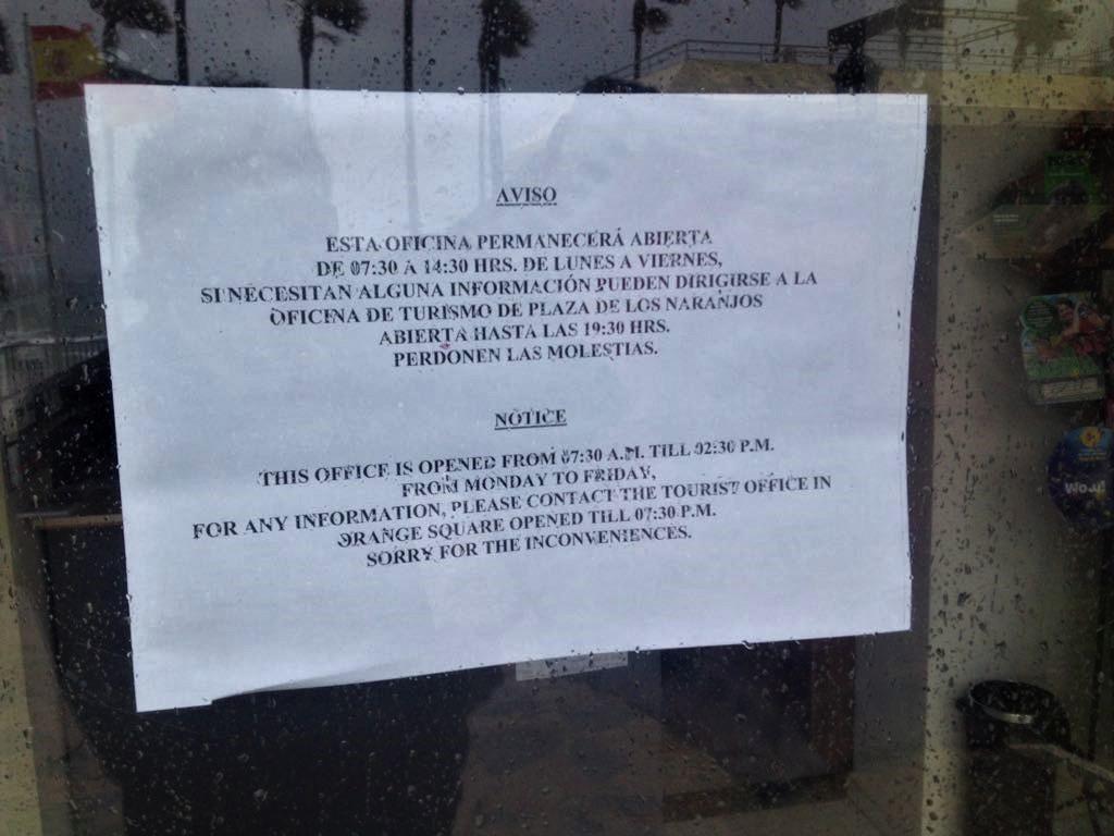 Iu critica el sistema de horarios de la oficina de turismo for Oficina turismo marbella